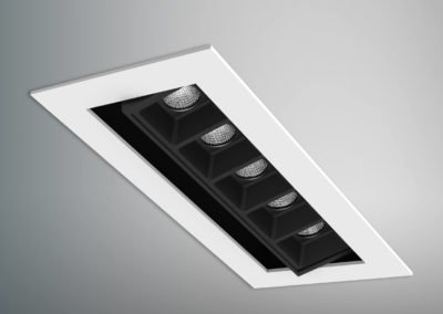 Quadrus 5 Cell Tilt Trim - Wh Blk